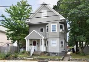 208 - 210 Pontiac AV, Cranston, Rhode Island 02910, 5 Bedrooms Bedrooms, ,3 BathroomsBathrooms,2-4 Units Multi Family,For Sale,208 - 210 Pontiac AV,1287269